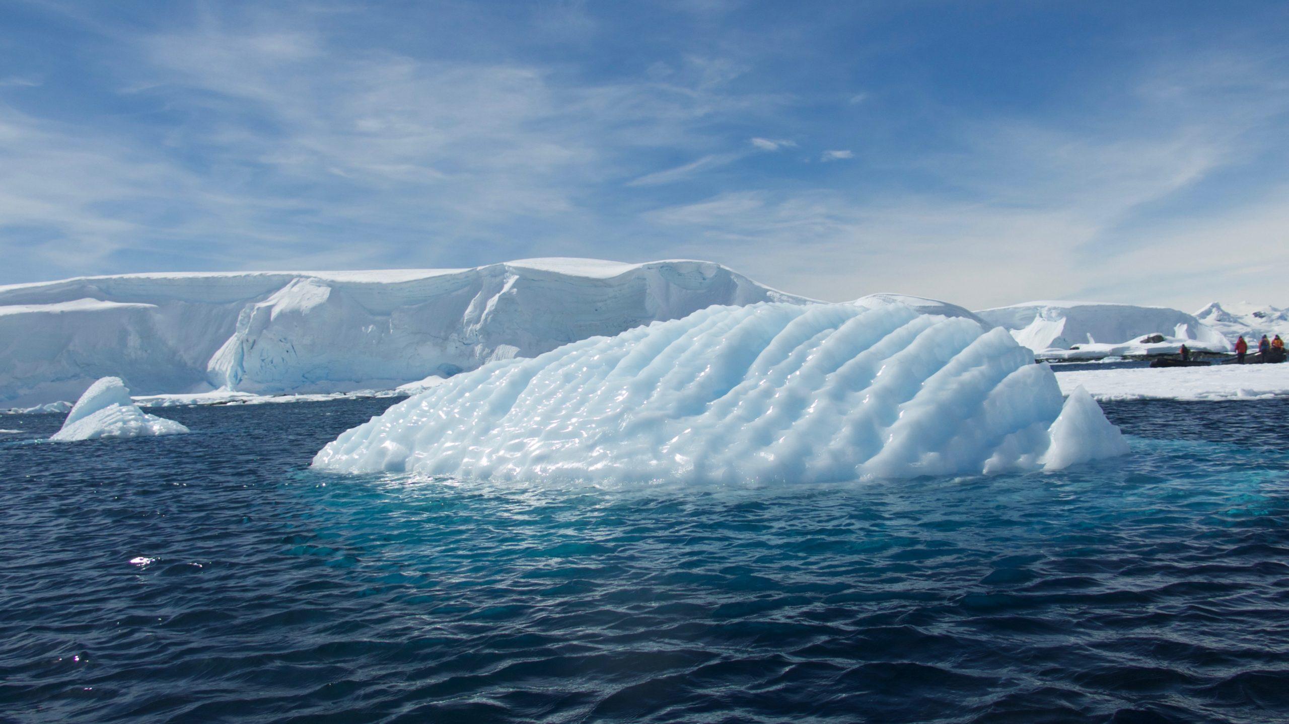 Heliski-Russia-Antarctique-6-scaled