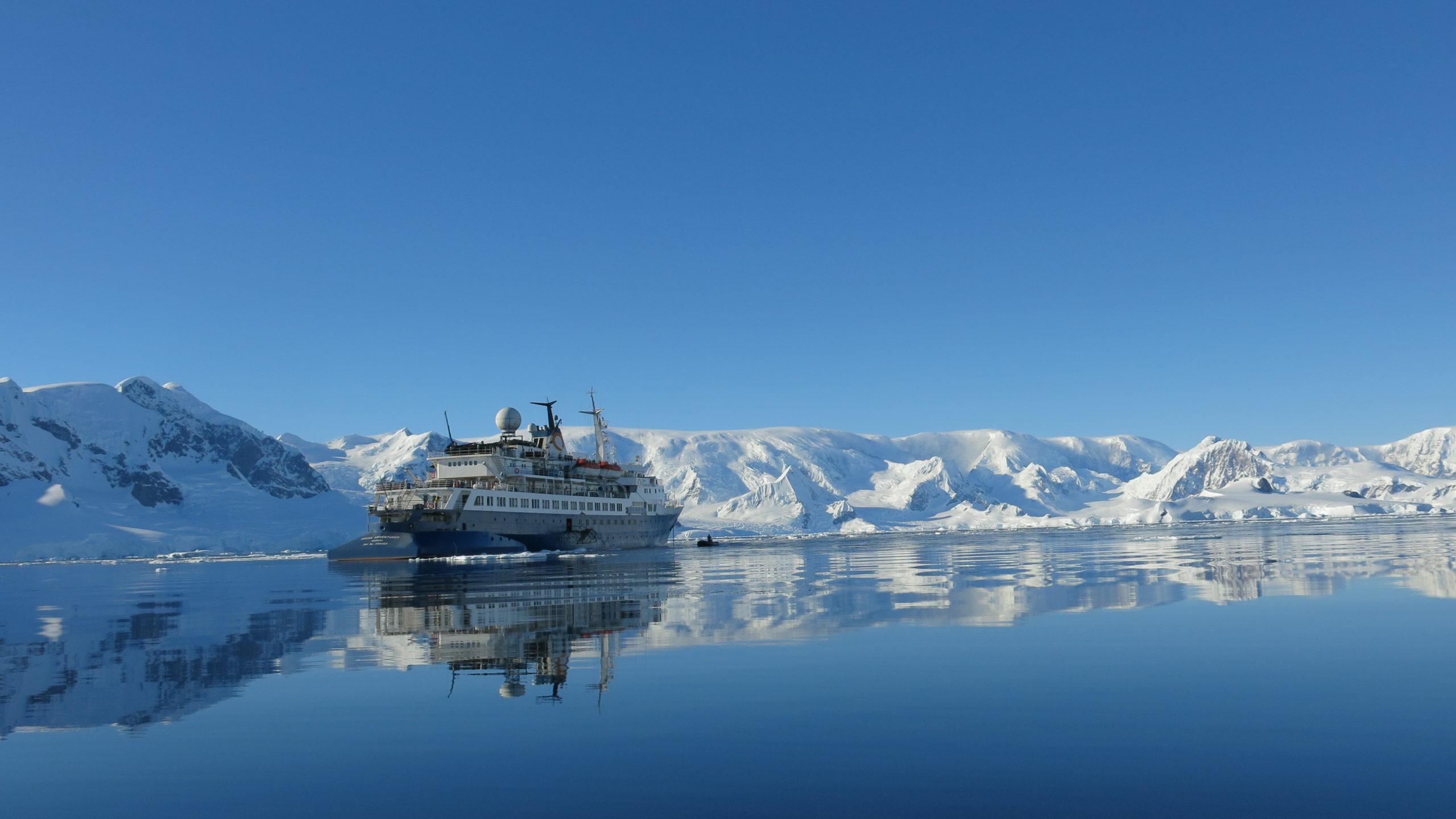 Heliski-Russia-Antarctique-9-scaled