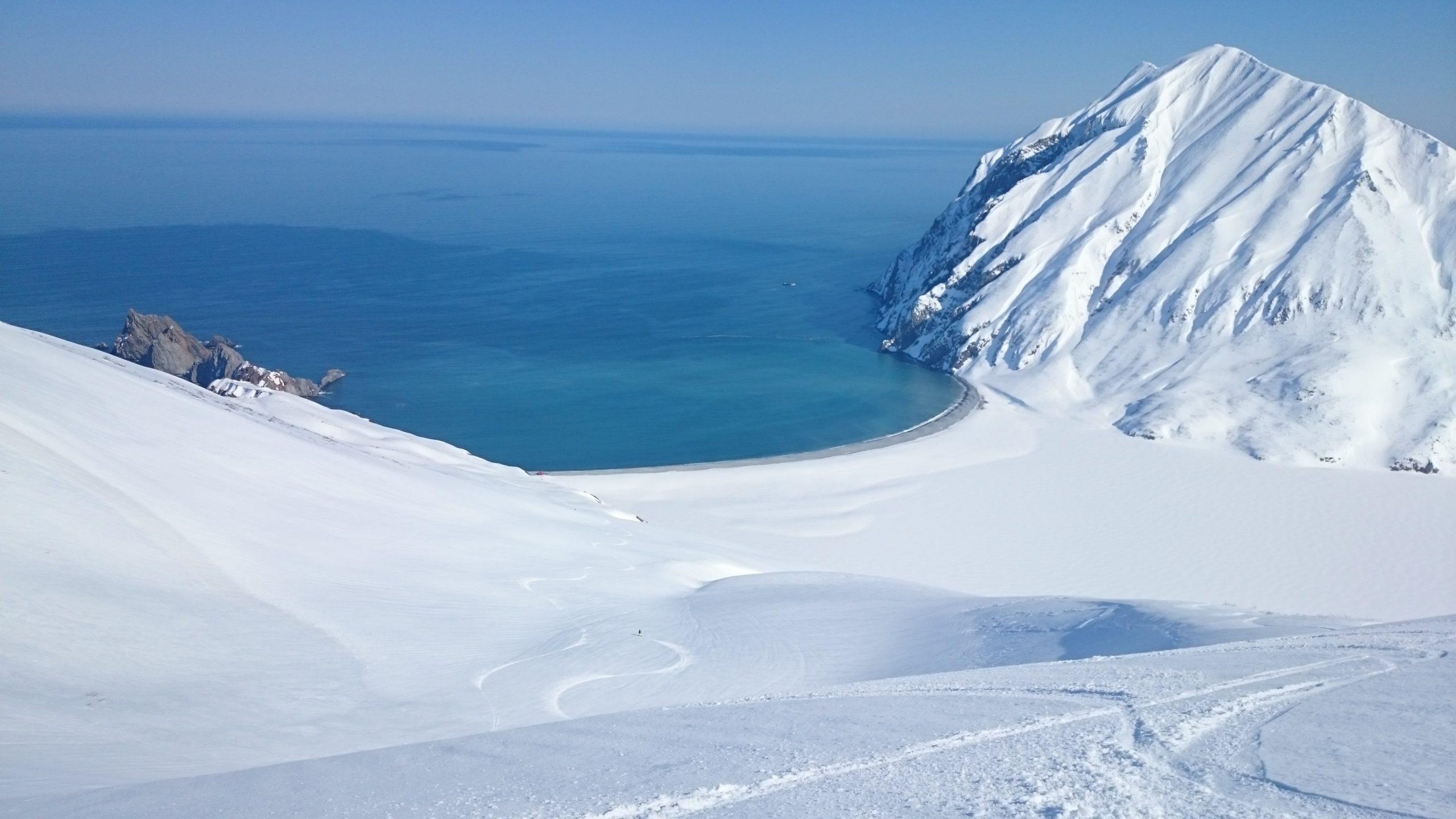 La-Datcha-Kamchatka-Heliski-Russia-3-1-scaled