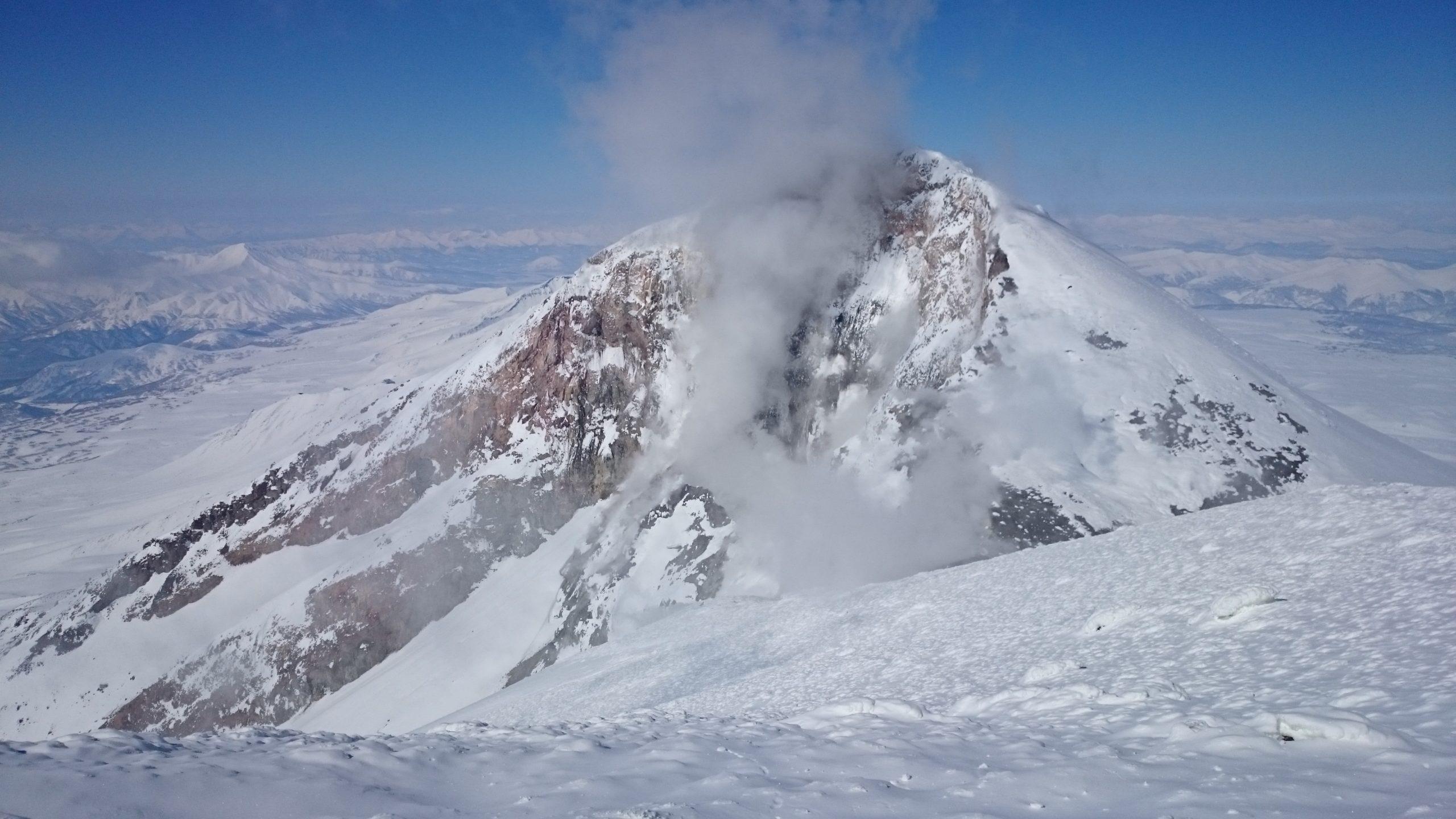 Tchoukotka-Kamchatka-La-Datcha-Heliski-Russia-2-scaled