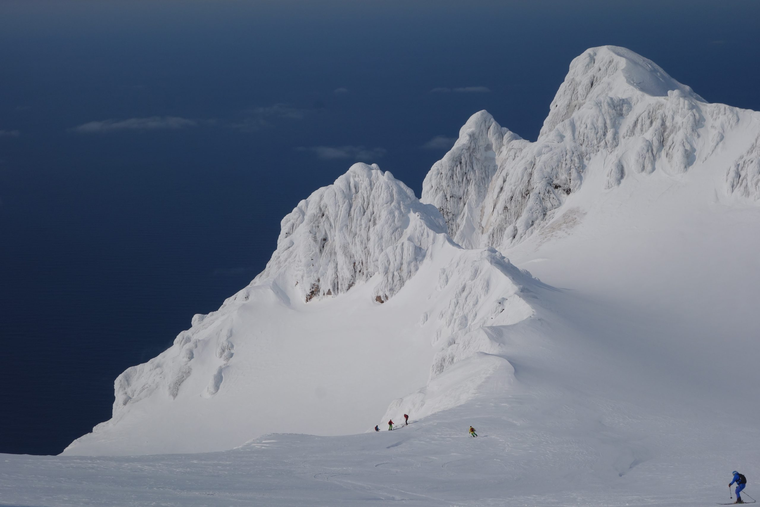 Tchoukotka-Kamchatka-La-Datcha-Heliski-Russia-3-scaled